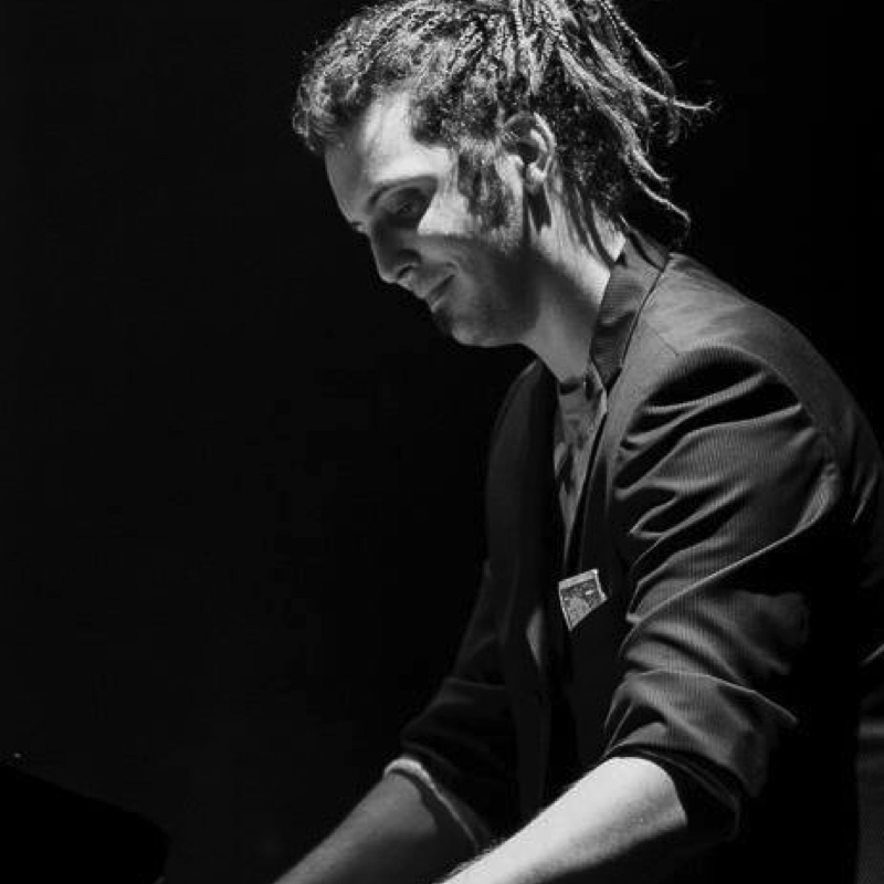 Remy pianiste